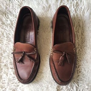 Women's Leather Cole Haan Loafers SZ 6.5 B EUC